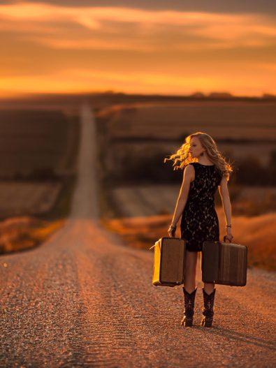 http://www.amandaviaja.com.br/dicas-de-seguranca-para-quem-viaja-sozinho/